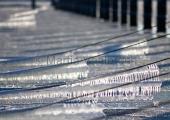 Kiel - Eiszapfen am Steg - Schilksee 2