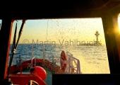Kiel - auf dem Lotsenversetzboot in Anfahrt auf Leuchtturm Kiel