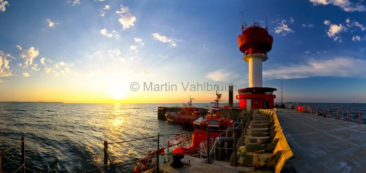 Panorama kiel - Leuchtturm Kiel in der Abendsonne