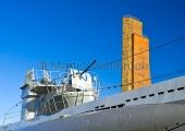 """Kiel - technisches Denkmal """"U 995"""" in Laboe mit Marineehrenmal"""