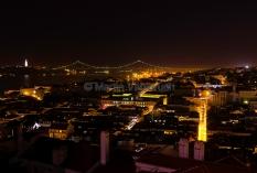 Lissabon - Stadt und Tejo bei Nacht