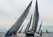 MAIOR - Regatta 2014   -   Mandalay DEN 437-  William Friis-Møller - IMX-40, und Joki  DEN 6222 -  John Jensen - ELAN 410 -  2