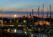 Stadthafen am Abend