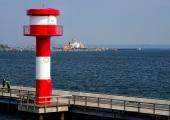 Leuchtturm Stadthafen mit Marinehafen 3