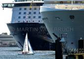 Kreuzfahrtschiffe mit Segler