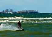 Kiel - Kitesurfer vor Bülk