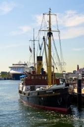 """Kiel -  Museumsbrücke mit Dampfer """"Bussard"""""""