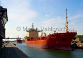 Kiel - Tanker in der Holtenauer Schleuse