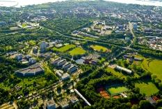 Kiel aus der Luft - Christian Albrechts Universität - Sportforum und Fakultätenblöcke