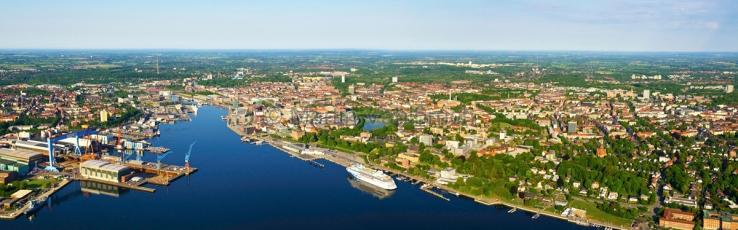 Kiel aus der Luft -  Panorama Innenfoerde
