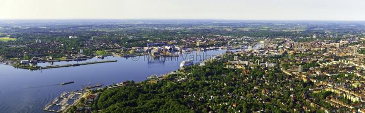 Kiel aus der Luft -  Panorama Duesternbrook