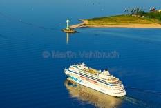 Kiel aus der Luft - Leuchtturm Friedrichsort