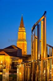 Lichtkinetische Spirale mit Rathausturm 2