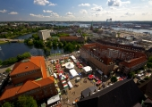 Kiel - Rathausplatz mit internationalem Markt