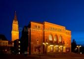 Kiel - Opernhaus bei Nacht