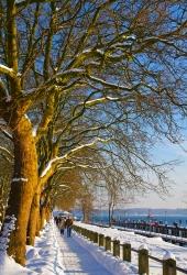 Kiel - Holtenau - Kanalstrasse im Winter