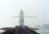 Leuchtturm Schleimünde im Nebel 1