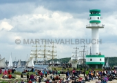 Windjammerparaden Kiel - Zuschauer am Leuchtturm Friedrichsort 1