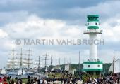 Windjammerparaden Kiel - Zuschauer am Leuchtturm Friedrichsort 2