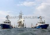 Windjammerparaden Kiel - Gorch Fock 20 - zwischen den Polizeibooten Fehmarn und Falshöft
